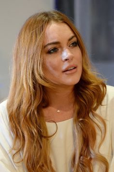 Lindsay Lohan Virtual Closet App Vigme Court Order (Vogue.com UK)