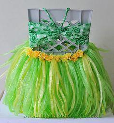 DIY Grass Skirt and Drink Hula Skirt | Blog ni ako
