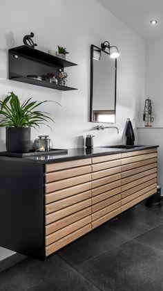 Find inspiration til indretningen af dit badeværelse her Bathroom Inspiration, Interior Inspiration, Cozy Apartment, Kitchen Redo, Beautiful Bathrooms, My Dream Home, Design Projects, Diy Furniture, Sweet Home