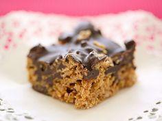 Wie im 7. Himmel! Cornflakes-Erdnussbutter-Kuchen - smarter - Zeit: 30 Min. | eatsmarter.de