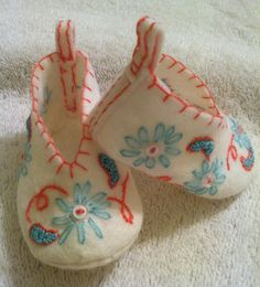 Newborn wool felt baby shoes, perfect addition to newborn layette.