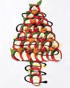 Need Christmas food inspo? Caprese Christmas Tree   . . . . . #food #foodie #foodporn #makingmemories #party #festive #magical #christmas #antipasto #grazing #cooking #delicious #fresh #salad #summer #australia #littlebooteekau