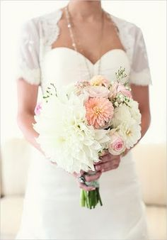 Love this bouquet, but would envision it with orange accents and perhaps latte/champagne, too.