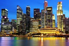 Singapore by Night Tour with Dinner along Singapore River