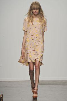 Karen Walker Spring 2013 Ready-to-Wear
