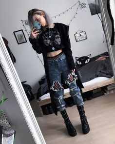 This fit but without the goth aesthetic grunge outfits, tomboy outfits, crazy outfits, Tomboy Outfits, Grunge Outfits, Crazy Outfits, Mode Outfits, Casual Outfits, Fashion Outfits, Black Outfit Grunge, Grunge Clothes, Cute Goth Outfits