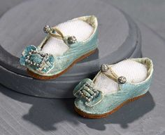 """What Finespun Threads"" - Antique Doll Costumes, 1840-1925 - March 12, 2017: 149 Aqua Kidskin Jumeau Shoes"
