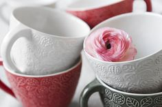 Cups, ceramics by Ulrika Ahlsten  Photo by Jeanette Hägglund