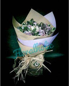 情人節系列 - 紫玫瑰花束  由即日至2016-01-31前訂購任何情人節花束可享特惠價訂購歡迎 Whatsapp / 致電 (5405 3785)查詢  #hkigshop #florist #floralholic #valentineday #lover #bouquets #rose #情人節 #情人節禮物 #送花 #玫瑰 #老婆 #女朋友 #早買平兩舊 by floralholic.hk