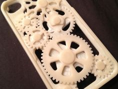 Improved! 3D iPhone Gear Case with Geneva Mechanism by QuentinT - Thingiverse.. the gears move!!