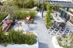 Inside-Outside garden with outside tiles. Design: Jacqueline Volker www. Photos: Frans de Jong Styling m. Back Gardens, Outdoor Gardens, Outside Tiles, Gazebos, Contemporary Garden, Rooftop Garden, Interior Garden, Outdoor Rooms, Dream Garden
