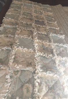 Bout de lit, courtepointe, chemin de lit, descente de lit, quilting : Textiles et tapis par realisa