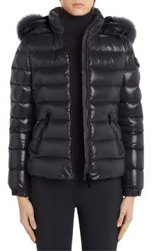 Moncler Black Badyfur Quilted Down Puffer with Removable Genuine Fox Fur Trim Jacket Size OS (one size) Spring Jackets, Winter Jackets, Moncler Jacket Women, Ski Sport, Fox Fur, Puffer Jackets, Fur Trim, Stay Warm, Fall Outfits