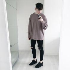gallucks: todays fit btw this pink oversized sweatshirt is...