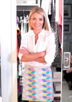 6.6.14 Kelly wore a J Brand Blouse and Milly skirt! Both from @Helen McMurren Hill Marcus   Cute skirt!!