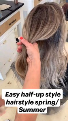 Bun Hairstyles For Long Hair, Work Hairstyles, Hair Dos, Pretty Hairstyles, Easy Updos For Medium Hair, Easy Hairstyles For Long Hair, Style Hairstyle, Summer Hairstyles, Carmel Blonde Hair