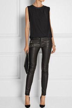# Versace- Alles schwarz Winter Outfits Frauen - Outfits with leggings - Hybrid Elektronike Legging Outfits, Leather Leggings Outfit, Outfits With Leather Leggings, Leather Outfits, Mode Outfits, Fall Outfits, Casual Outfits, Fashion Outfits, Womens Fashion