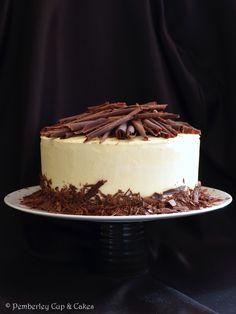 White Cake in Black & White {Tarta Blanca en Blanco & Negro}