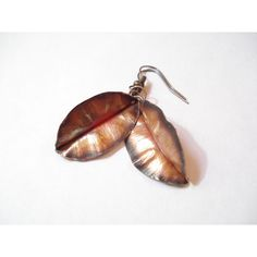 Fold Form Copper Leaf Earrings Small Hand Forged Artisan Boho... (€21) ❤ liked on Polyvore featuring jewelry, earrings, boho jewelry, leaf jewelry, copper jewelry, bohemian style earrings and leaf earrings