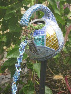 Upcycled kettle                           #mosaic #mosaicart #mosaicgardenart