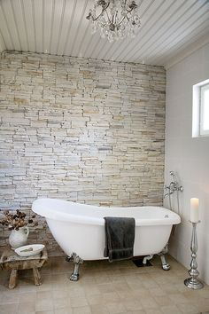 Country style villa by Kannustalo with a romantic twist Home Upgrades, Romantic Interior, Relaxing Bathroom, Dream Bathrooms, Beautiful Bathtubs, Bathroom Styling, House Styles, Bathroom Design Styles, Beautiful Bathrooms