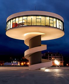 Centro Niemeyer II by Jose Manuel Nogueiro  on 500px