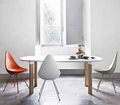Arne Jacobsen's The Drop chair from 1958 has been relaunched by Fritz Hansen