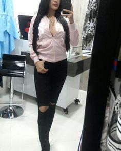 NIA-BOUTIQUE  Ropa americana y europea     SABANETA  Carrera 46 # 67 sur64  3006402699 ✈ domicilios en medellin envios a todo el pais #moda #NIABOUTIQUE #NIALOVEYOURSELF #elegancia #short #jean #vestido #blusas #style #ropaexclusiva #chaquetas