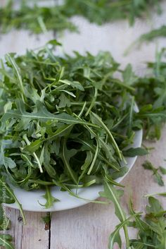 Arugula, also known as rocket or roquette in French, is high in fiber and low in calories. It is part of the brassica family of vegetables called cruciferous – known for its nutritional powerhouses broccoli, kale and cabbage. It has antioxidant benefits from glucosinolates, detoxifying power from enzymes and is high in fiber, vitamins A, C, K, B-vitamins and minerals. Arugula can help strengthen bone, regulate cholesterol and blood sugar levels, boost immune system and reduce inflammation.