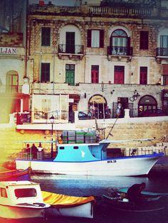 Malta │ Sliema │ Colorful Yacht