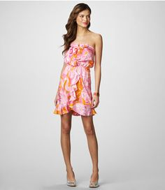 this dress. and a tan. and that pretty hair. and summer to be here so i can wear pretty dresses like this.