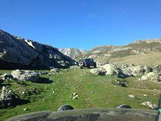 #Ani4x4 Land Rover Defender #Toyota #FuentesCarrionas #Palencia #montañapalentina #Curavacas #vivac #acampada #landrover #Defender