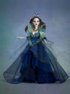 Queen of the Dark Seas - 1 Left! | Wilde Imagination