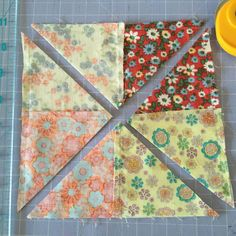 Nice tutorial to make scrappy pinwheels in a square in a square block. Repeat with the second four patch and background square. Just as a matter of interest I'm sewing with a Singer 15 C 1902 treadle. Pinwheel Quilt Pattern, Scrap Quilt Patterns, Beginner Quilt Patterns, Quilting For Beginners, Quilt Tutorials, Pattern Blocks, Quilting Tips, Batik Quilts, Scrappy Quilts