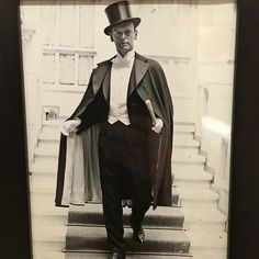 Great image on the wall #huntsman @11savilerow back in the days when evening…