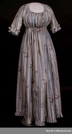 Round gown undated, possibly 1790's?