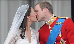 Putting their own spin on the tradition, the pair kissed again to cheers from the crowd.<br> Photo: Getty Images