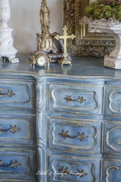 A Blue French Provincial Dresser - base coat Aubusson Blue then layers of Provence, Duck Egg Blue, French Linen and Paris Gray. Annie Sloan Painted Furniture, Chalk Paint Furniture, Hand Painted Furniture, Distressed Furniture, Refurbished Furniture, Furniture Projects, Furniture Makeover, Painted Wood, Blue Furniture