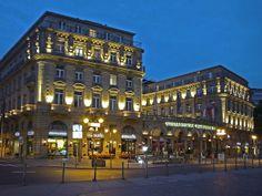 Hotel Frankfurter Hof am Abend in der Frankfurter Innenstadt, Germany