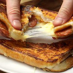 Eggy Bread Pizza Sandwich