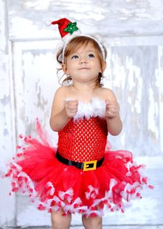 I am so making this!       Christmas Santa Tutu with Santa hat headband-- Santa tutu-- Christmas tutu-- Holiday tutu-- Girls Christmas Dress