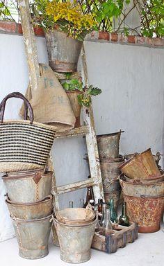zinc buckets and ladder, garden equipment Galvanized Decor, Galvanized Metal, Galvanized Buckets, Garden Art, Garden Design, Garden Tools, Deco Champetre, Shabby Chic, Vibeke Design