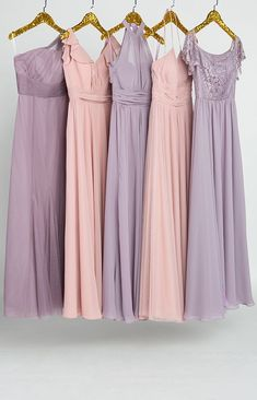 dusty rose and mauve lavender mix and match bridesmaid dresses Dusty Rose Bridesmaid Dresses, Dusty Rose Wedding, Bridesmaid Dress Colors, Blue Bridesmaids, Wedding Bridesmaids, Gris Rose, Color Rosa, Stunning Dresses, Trendy Dresses