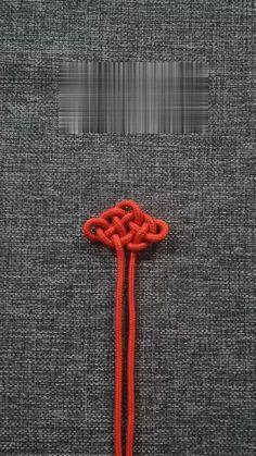 Macrame Bracelet Patterns, Diy Friendship Bracelets Patterns, Diy Bracelets Easy, Bracelet Crafts, Macrame Patterns, Macrame Jewelry, Macrame Bracelets, Jewelry Crafts, Beaded Bracelet