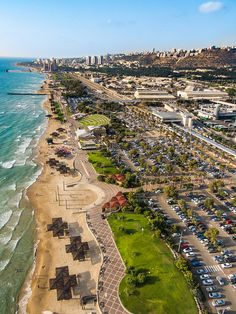 Carmel Beach in Haifa, Israel The beach is also nice. Eilat, Israel Kamakawiwo, Israel Tierra Santa, Haifa Israel, Naher Osten, Carmel Beach, Tel Aviv Israel, Visit Israel, Israel Travel