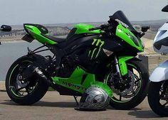 "Monster Ninja! ""Motorcycle"" Kawasaki Ninja Bike, Kawasaki Bikes, Kawasaki Zx6r, Ninja Motorcycle, Custom Sport Bikes, Beautiful Roads, Bike Rides, Sportbikes, Futuristic Design"