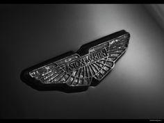 2015-aston-martin-vanquish-carbon-black_11.jpg (1600×1200)