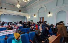 У Житомирі протестувальники увірвались в облраду, вимагають знизити ціну на газ Blog, Blogging