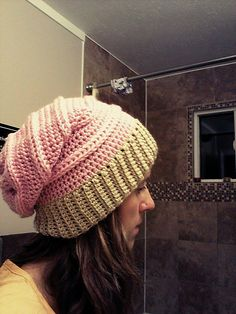 #Crochet slouch hat free pattern by Courtchet