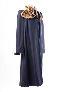 Purple wool coat 1940s.